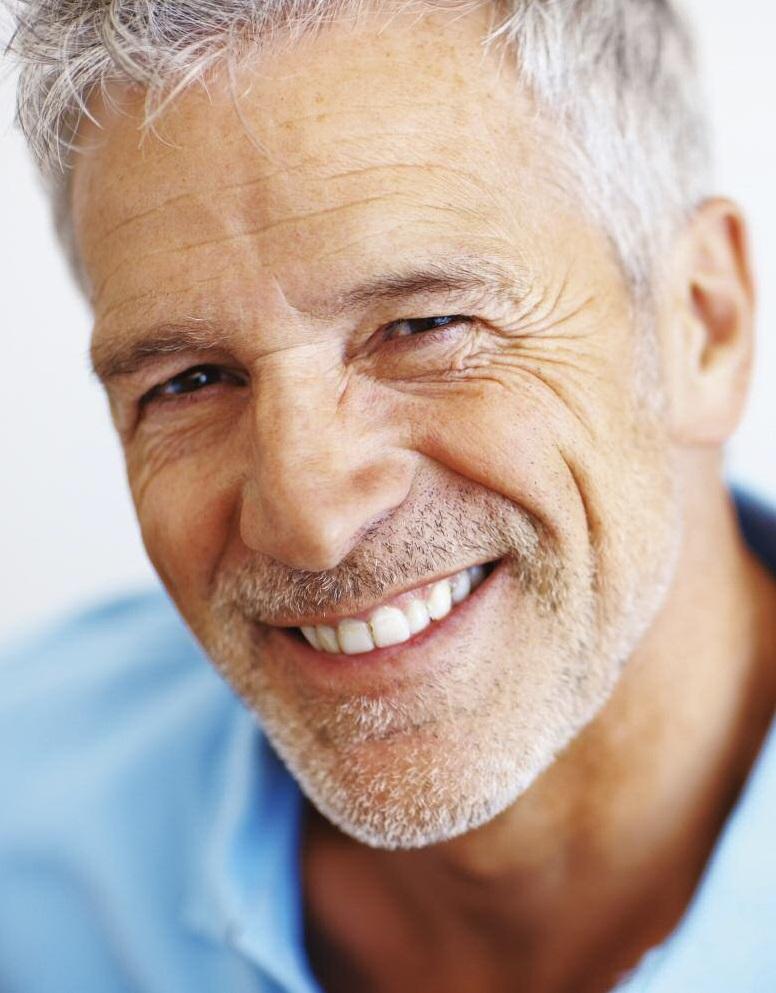 позволяет пожилые красивые мужчины фото одной них
